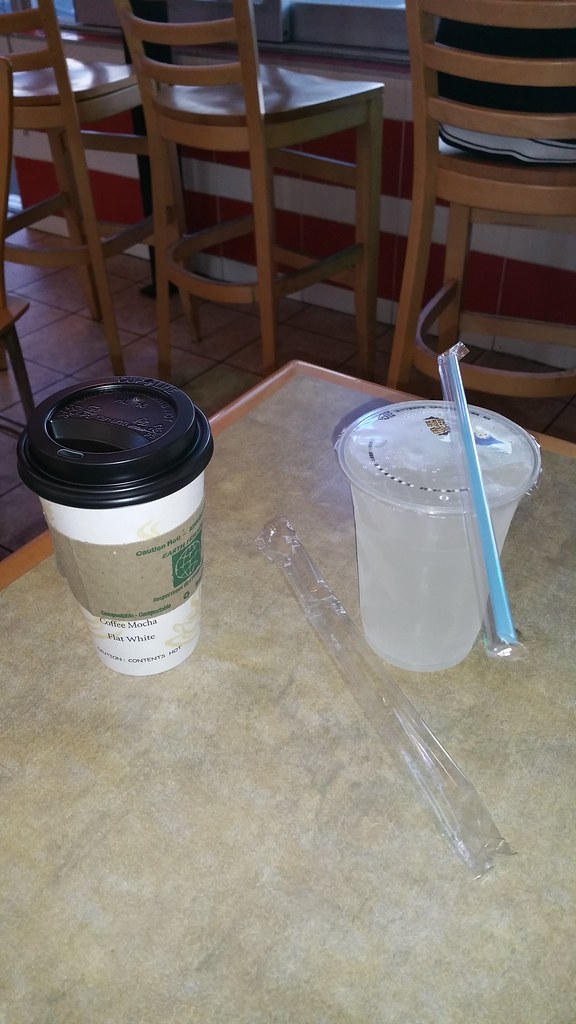 2015-Oct-10 2015-Oct-10 Milk and Sugar Cafe peppermint tea (left), lychee juice (right)