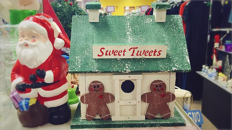 327/365. sweet tweets!