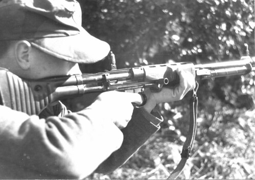 German paratrooper with a semi-automatic rifle FG-42.