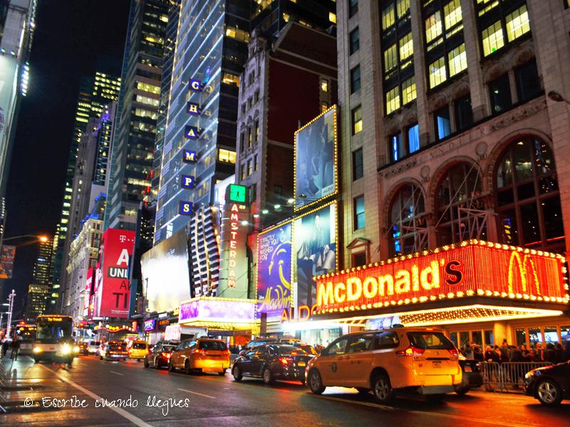 Que_ver_Nueva_York_Times_Square (1)
