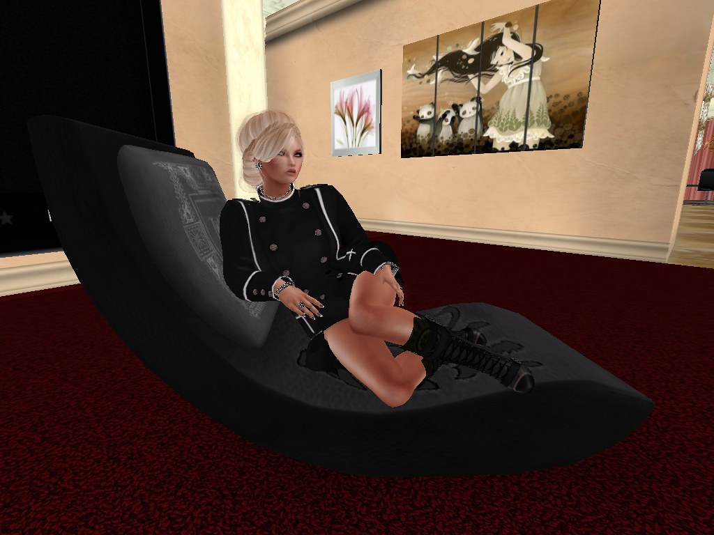 B TWISTED Q  Lounge chair - Twisted male unisexsecondlife-postcard
