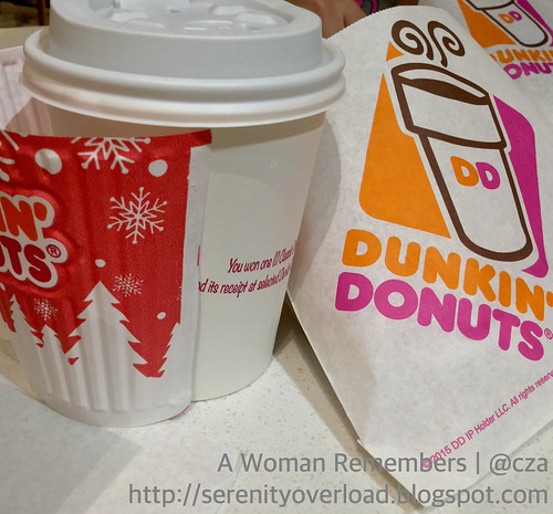 Dunkin Donuts surprize in a cup  #DDCoffee #DunkinMoment #DDSurprize