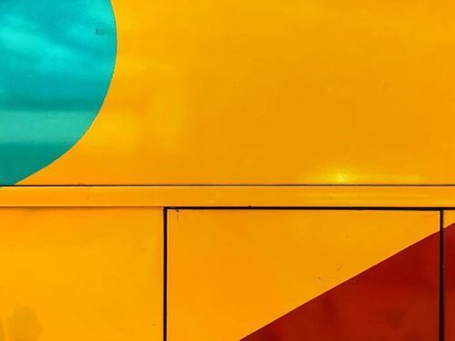 Cores Primárias / Primary Colors   Caldas do Jorro - #Bahia - #Brazil   28.11.2015 #oMundoEmSuaParede