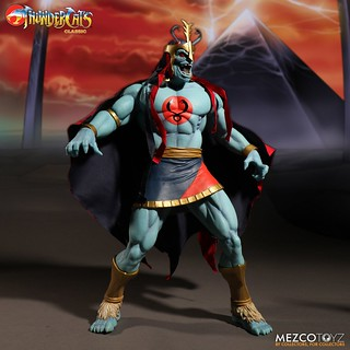 覬欲霹靂劍的地球邪靈!MEZCO 《霹靂貓》Mega Scale 系列 - 惡魔王 木乃伊(夜光版) Mega Scale Mumm-ra Glow-in-the-Dark Edition