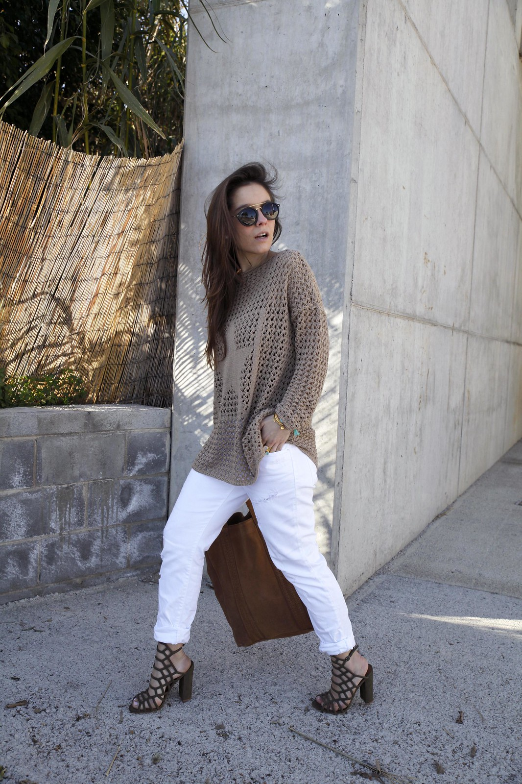014_SPRING_NEUTRAL_OUTFIT_STREET_STYLE_FASHION_BLOGGER_INFLUENCER_BARCELONA_THEGUESTGIRL