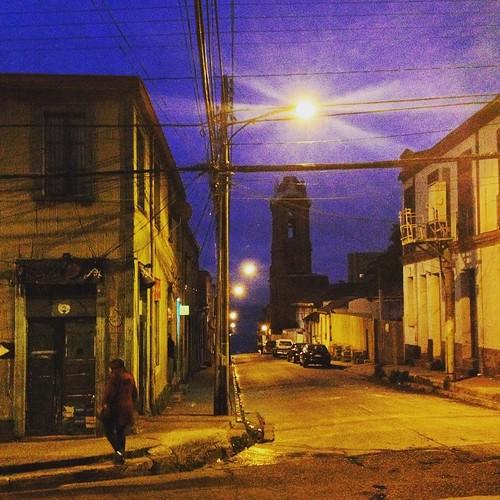 Hasta que me pillo la noche #Valparaíso #Chile
