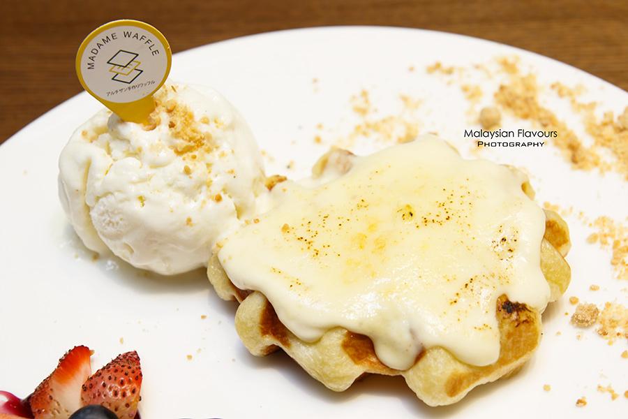 madame-waffle-one-utama-petaling-jaya