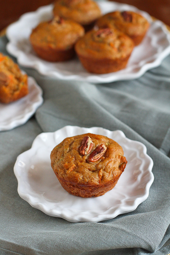 Whole Wheat Zucchini Carrot Muffins...Perfect for breakfast or snacking! 137 calories and 4 Weight Watchers PP | cookincanuck.com #recipe #healthy