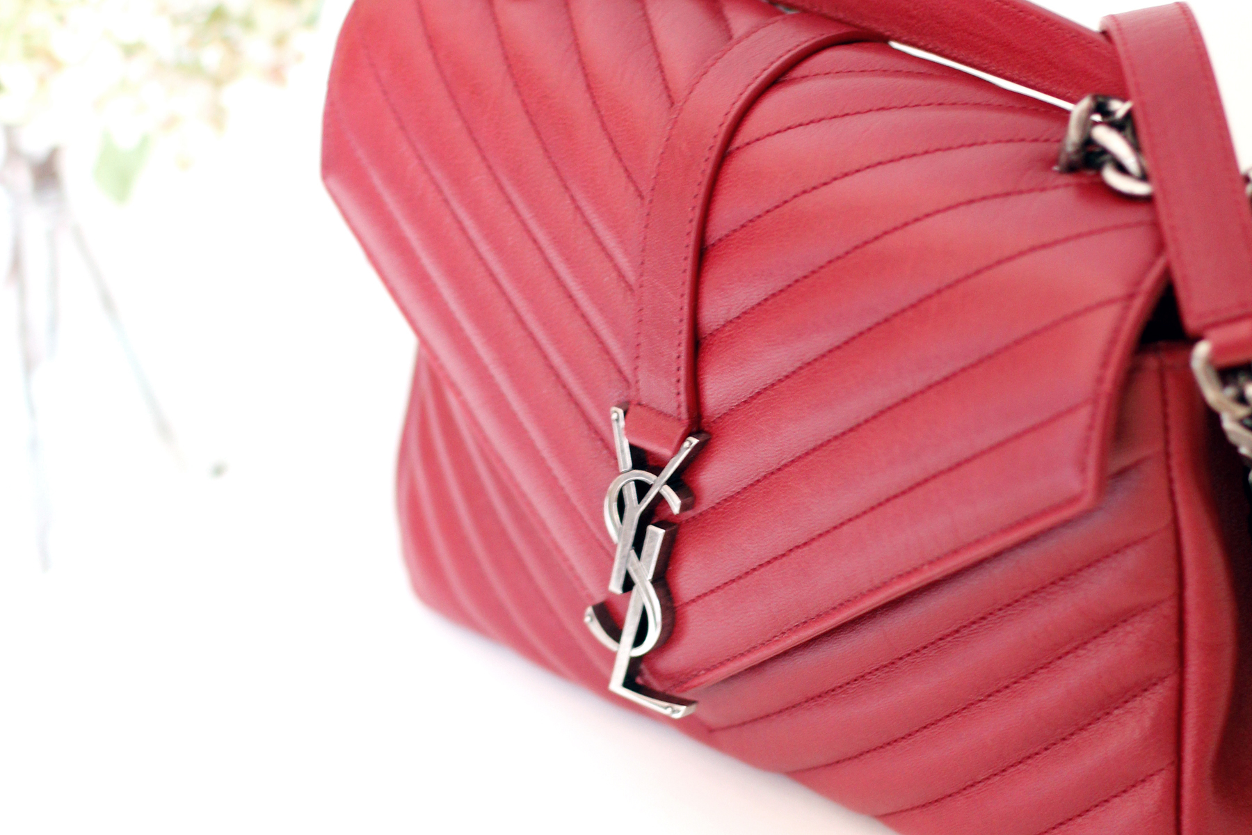YSL Saint Laurent Paris Classic Monogramme Flap Bag Red Toss Or Take fashionblogger germanblogger cats & dogs ricarda schernus styleblogger accessoires düsseldorf berlin 2