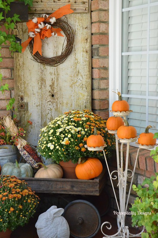 Fall Porch decor - Housepitality Designs