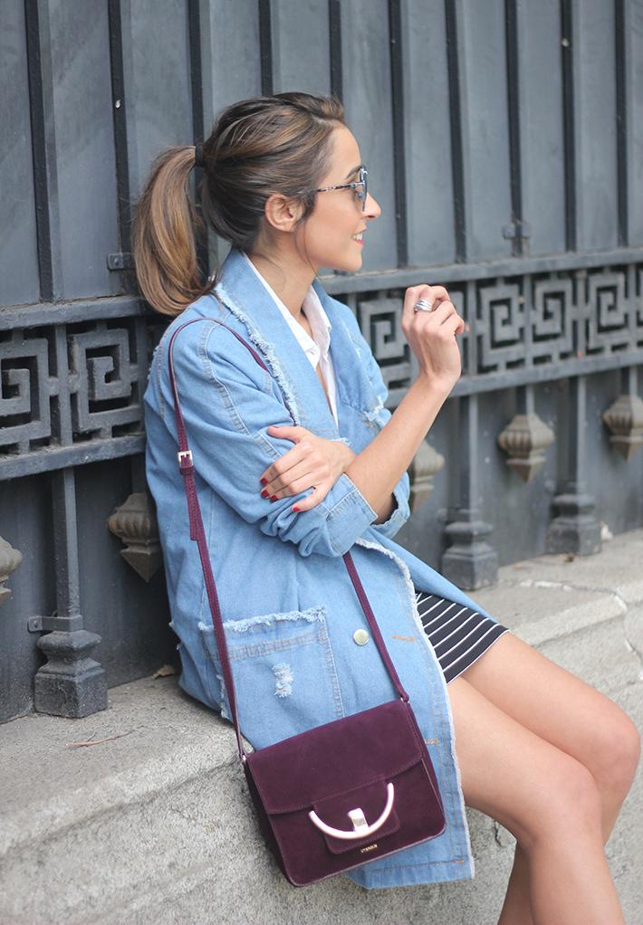 Denim Coat Stripes Skirt White Blouse Burgundy Uterqüe Bag Outfit17