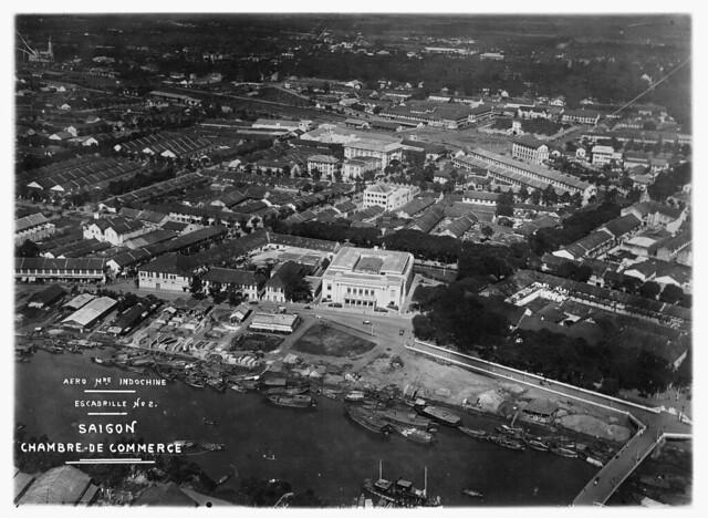 Không ảnh Đông Dương thập niên 1930 - Phòng Thương Mại Saigon, sau này là Hội trường Diên Hồng