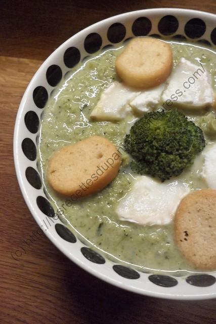 Soupe aux Brocolis et Fromage de Chèvre / Broccoli and Goat Cheese Soup