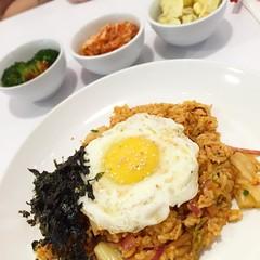 #food #dinner #kimchi #friedrice #Korean #egg