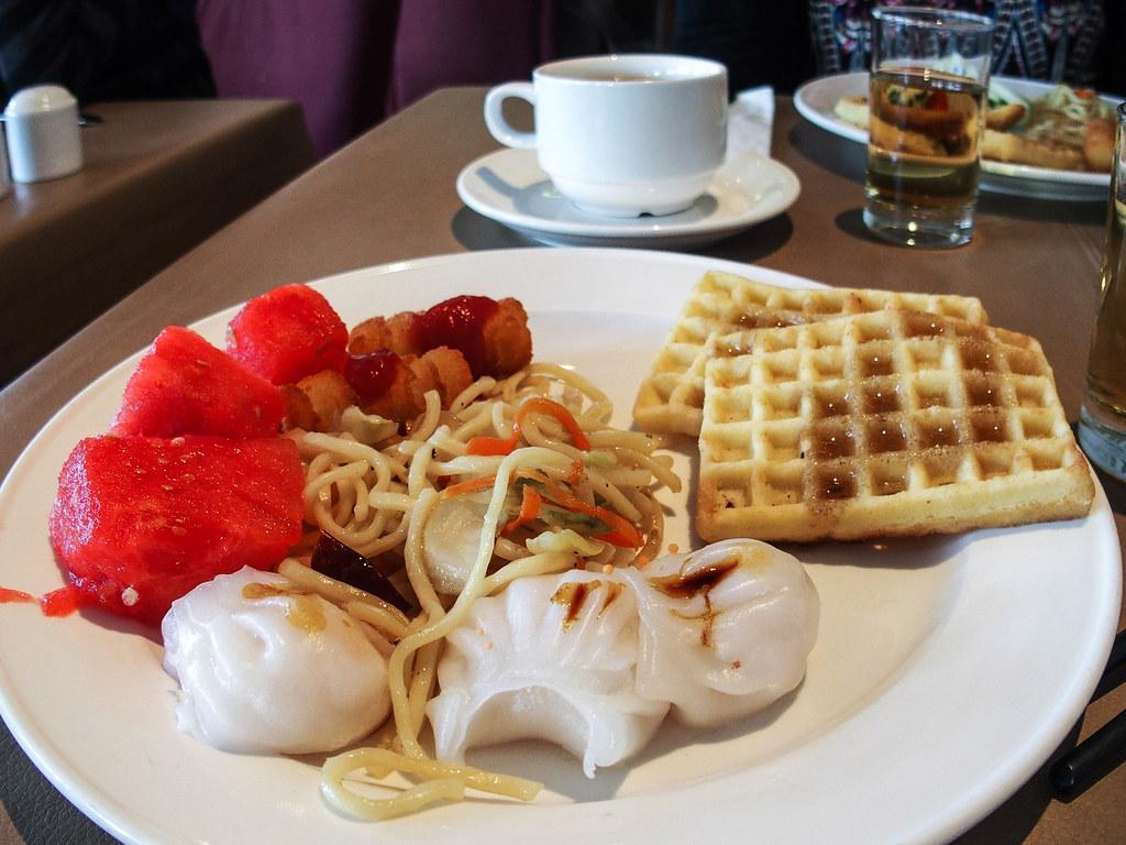 breakfast at cosmopolitan hong kong