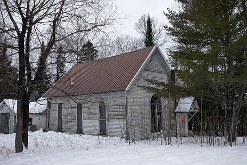 10mileroad abandoned architecture breakingbad chippewacounty church criminal dafter derelict detailextractor druglab fujixt1 methamphetamine methlab michigan nikcolorefex notrespassing police procontrast rural snow toad unitedstates upperpeninsula winter woodframe xf1855mm
