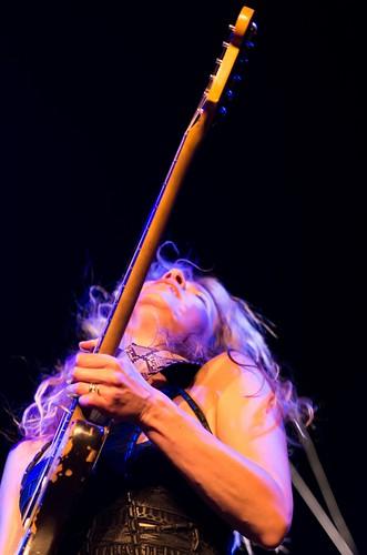 philippemace phil pentax pentaxart 50135 da f28 concert music guitar guitare guitarist guitariste guingamp saintagathon 22 lbi laboiteàimages lagrandeourse studiolaboiteàimagesguingamp ana popovic anapopovic roni junker ronijunker