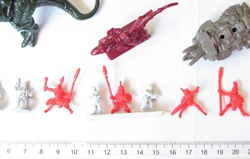 zdjęcia Schlacht Dinozaurow 18 mm GZG O8