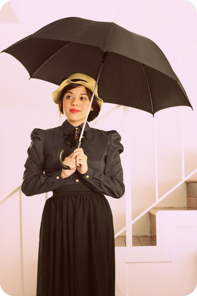 Cute & Easy DIY Halloween Costumes 2015 - Mary Poppins