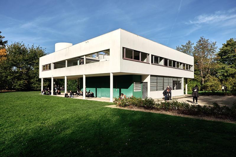 Villa Savoye, Poissy, France - SpottingHistory.com