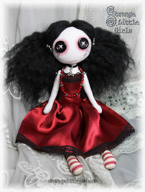Button eyed Gothic doll - Trinity Darkflower