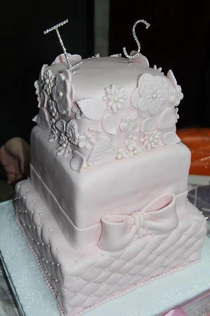 Cake by Gâteaux d'anniversaire