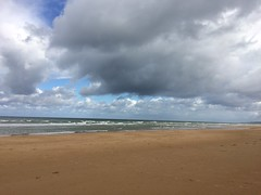 Omaha Beach, clouds