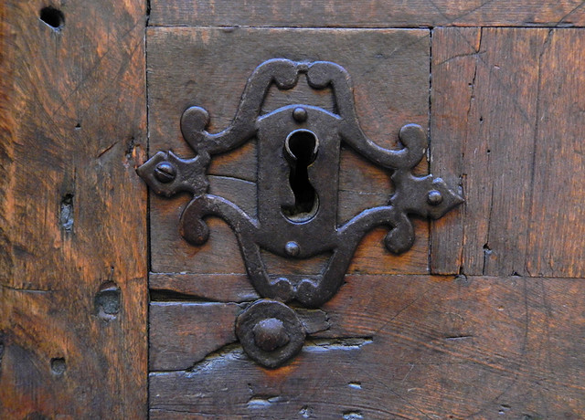Spanish Wooden Door with Metal Keyhole (Segovia)