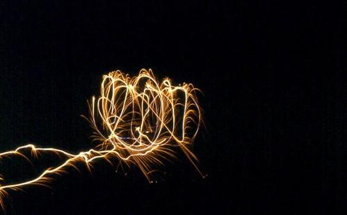 Sparkler Light Trail / P1983-0705a080-s01