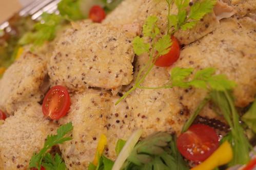 鮮魚のマスタードパン粉焼き good food for health and blood pressrure omron HEM-6321T 26