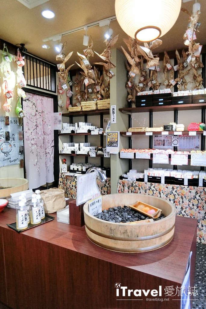 《东京购物血拼》浅草商圈仲见世商店街逛透透,精选5间店铺好物推荐入手。
