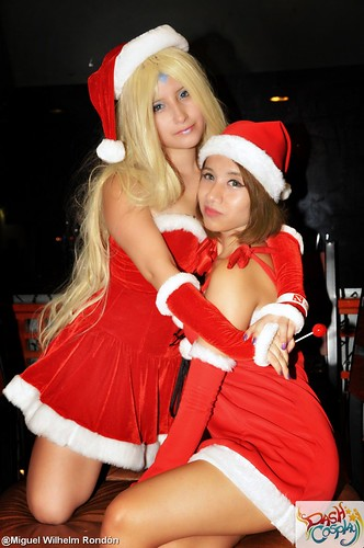 Christmas Costumes Girls | Rini, Aika & Bri