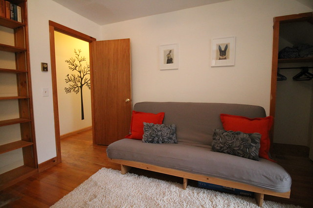 Guest bedroom with double futon;