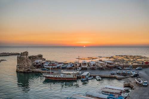 pano panorama panoramic byblos jbeil night long exposure lebanon port water sea beach sky lights colors reflection outdoor skyline waterfront city architecture building