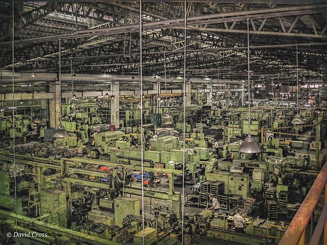 Factory Work (HSS), Canon POWERSHOT S400