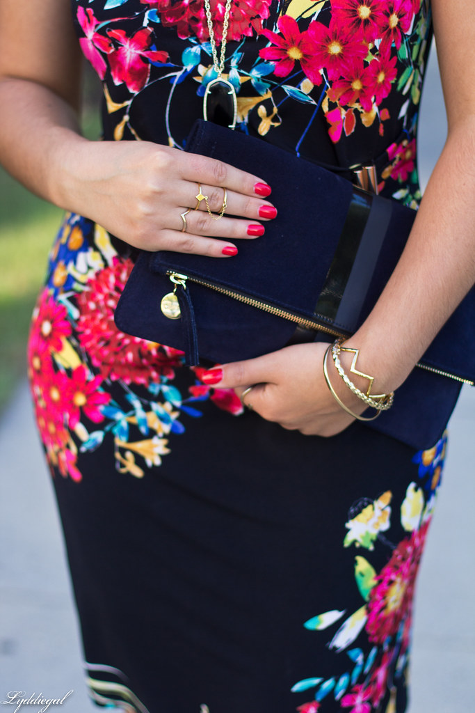 floral print dress, red pumps, clare v clutch-10.jpg