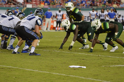 USF Falls 24-17 to Memphis | by betweenclassestampa