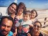 #PuertoProgreso in #Yucatan  Esto es lo que se supone debe ser la vida real y uno de los mejores motivos para viajar: amigos, familia, amor y el mar.   Fue un momento maravilloso caminar con ustedes por la playa, gracias por darle sentido a la vida.   #Vi
