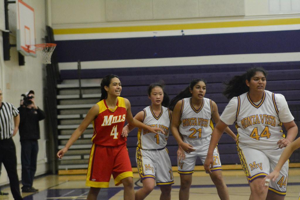 Girls Basketball vs Mills HS