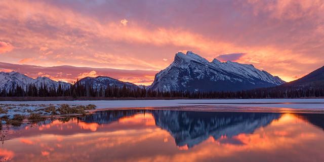 Sunrise at Vermillion Lakes, Banff National Park