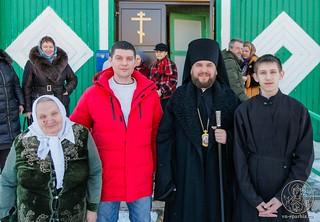 Литургия в в селе Рогавка 400