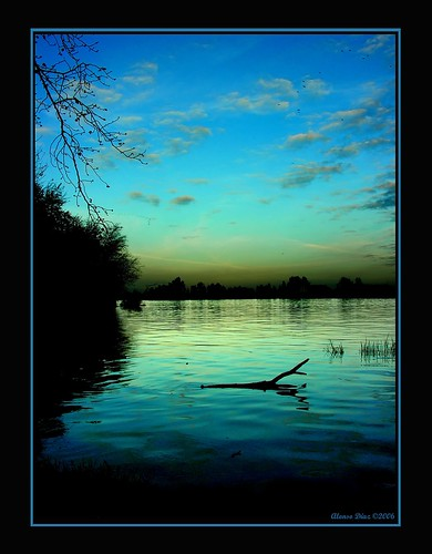blue sunset water azul río river atardecer sevilla andalucía guadalquivir agua 500v50f topf125 alonso puebladelrío alonsodr abigfave