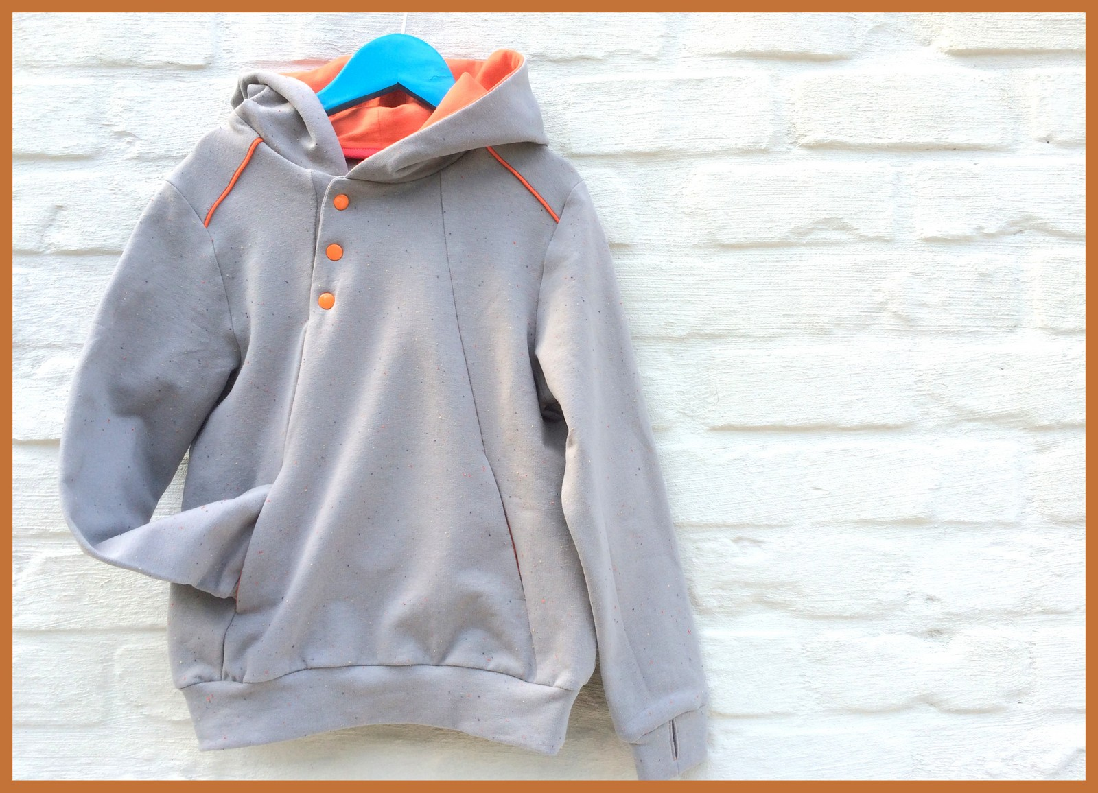 lewis hoodie - kids on tour