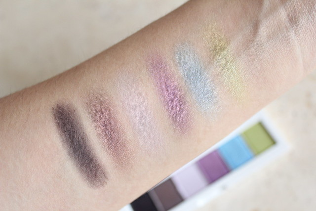 Shu Uemura Vision of Beauty Haute Street Eye Shadow Palette in cool x chic swatches