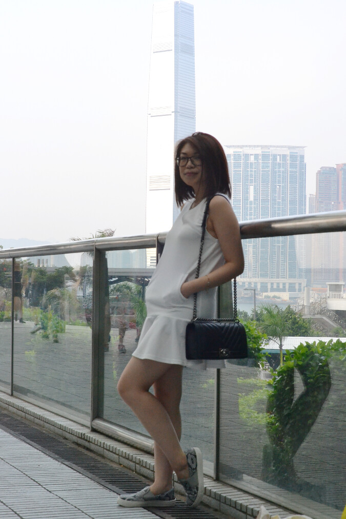 Daisybutter - Hong Kong Fashion Blog: top British fashion bloggers