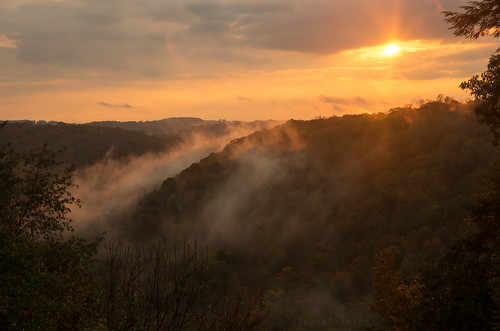 autumn trees sunset fall leaves fog october pentax pennsylvania foggy foliage pa fallinpa mcconnellsmill westernpa clelandrock k5ii pentaxk5ii sunsetatclelandrockoverlook