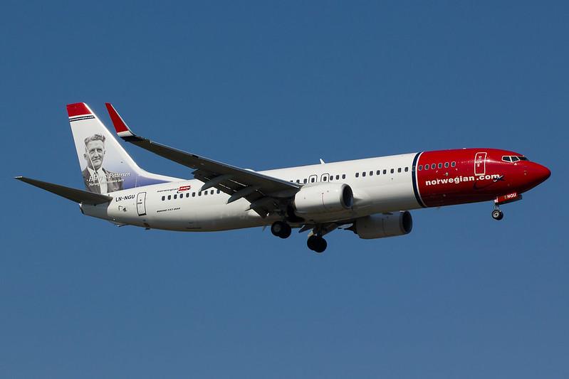 Norwegian - B738 - LN-NGU (1)