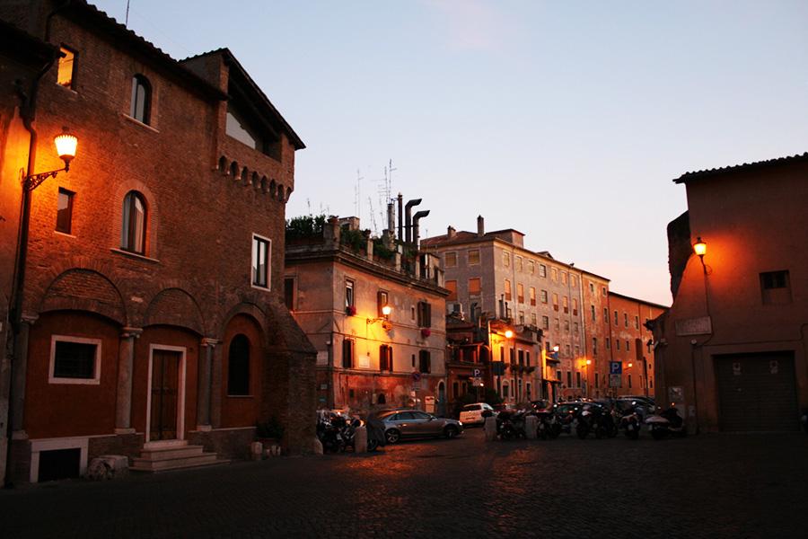Joulukalenteri_Rooma