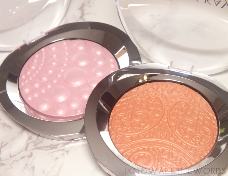 Mary Kay Holiday 2015 Limited-edition Sheer Dimensions Powder in Pearls and Lace (1)