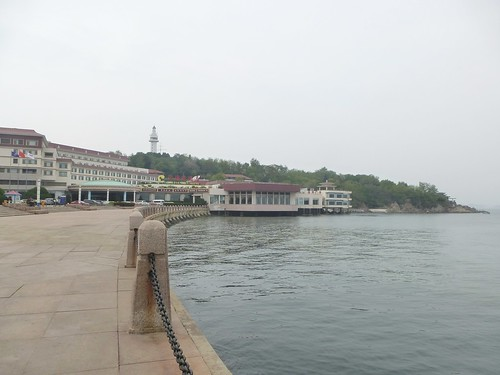 CH-Yantai-Promenade (2)